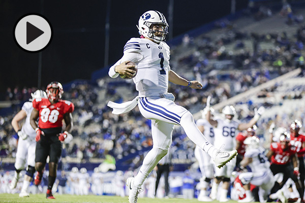 BYU QB Zach Smith high steps into the end zone for a TD.